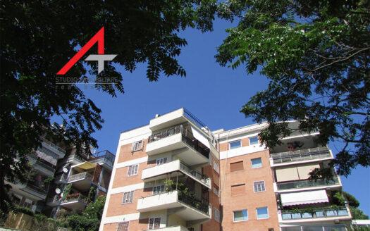 Appartamento Roma via degli Orti della Farnesina